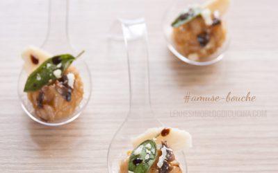 Amuse-bouche di Risotto all'Aceto Balsamico, funghi champignon e salvia