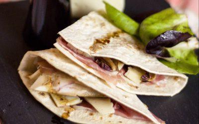 Piadina Gourmet con Radicchio, Prosciutto crudo e Aceto Balsamico Biologico